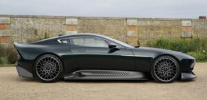 jaw dropping aston martin Victor Super Sport car based one 77 side view