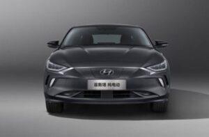 1st generation Hyundai Lafesta EV sedan front view