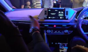 8th Generation Hyundai Sonata Luxury Sedan dual tone interior pakistan