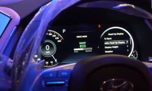 8th Generation Hyundai Sonata Luxury Sedan instrument cluster pakistan