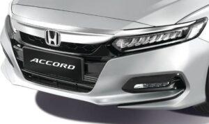 10th generation Honda Accord sedan front close view