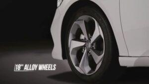 10th generation Honda Accord sedan wheels view