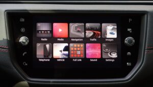 1st generation seat arona crossover infotainment screen view