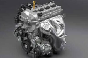 4th Generation Suzuki Vitara SUV engine view