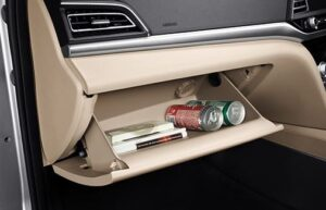 6th Generation Hyundai Elantra storage space