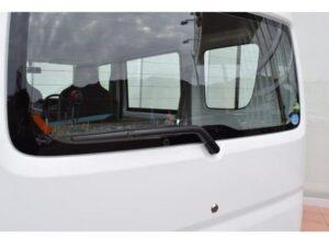 8th Generation Mitsubishi mini cab Rear windows