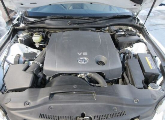 1st generation toyota mark x engine view
