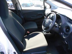 3rd Generation facelifted toyota vitz hatchback front seats
