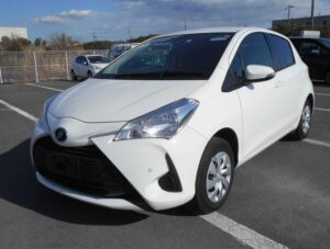 3rd Generation facelifted toyota vitz hatchback front view