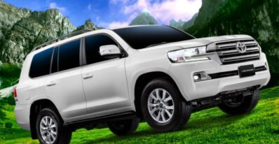 J200 Toyota Land Cruiser SUV feature image