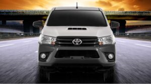 8th generation Toyota hilux single cabin full Front view