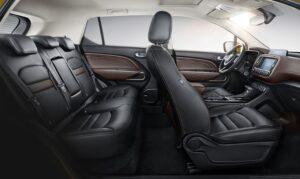 GAC GS3 SUV 1st Generation full interior view