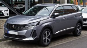 peugeot 5008 2nd generation facelift suv awesome front side profile
