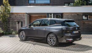 BMW IX Mid Size SUV 1st Generation Side View