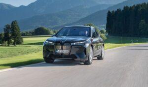 BMW IX Mid Size SUV 1st Generation beautiful view