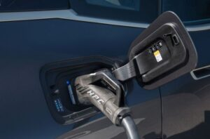 BMW IX Mid Size SUV 1st Generation charging port