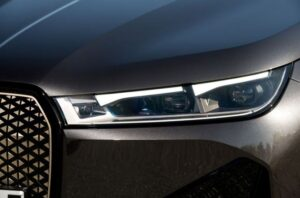 BMW IX Mid Size SUV 1st Generation headlamp close view