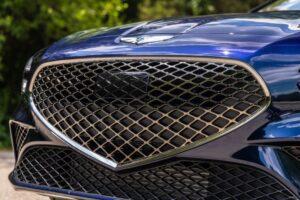 Genesis G70 Sedan 1st Generation facelift front grille view