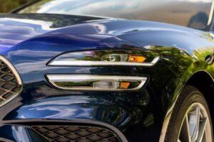 Genesis G70 Sedan 1st Generation facelift headlamp view