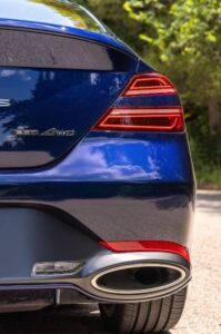 Genesis G70 Sedan 1st Generation facelift tail lamp and exhaust view