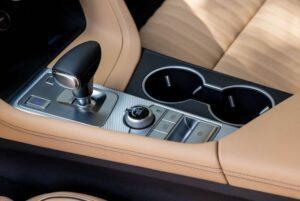Genesis G70 Sedan 1st Generation facelift transmission view