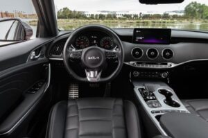 Kia stinger sedan Refreshed 1st generation steering and controls close view
