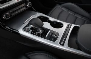 Kia stinger sedan Refreshed 1st generation transmission view