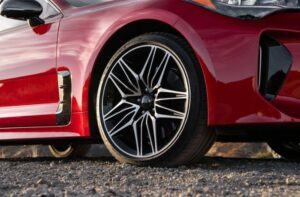 Kia stinger sedan Refreshed 1st generation wheel view